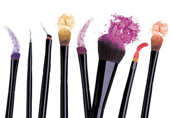 Video Tutorial: Make-up ispirato a Kristen Stewart