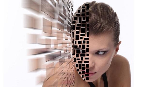 Video Tutorial: Photoshop – Effetto esplosione su foto